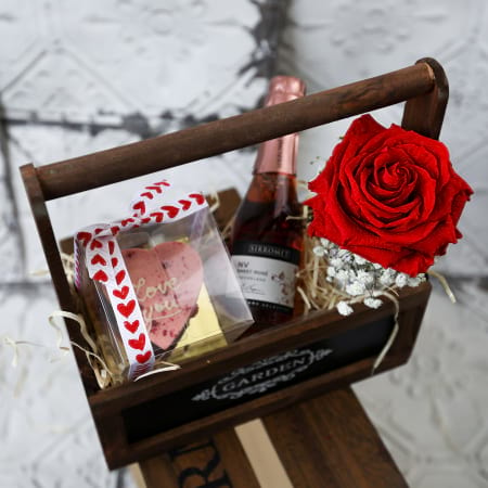 Hints of Romance Hamper - Next Day delivery
